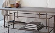 羽生野亜の家具