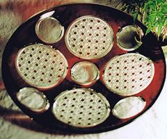 「被硝子菊篭目切子皿」 / 1999 (伝統工芸展に初出品)