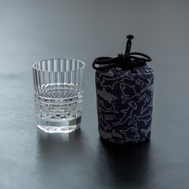 酒盃 寸胴 水玉(クリア) × 江戸小紋仕覆「シャーク」