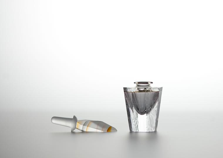 馬越寿「bottle」